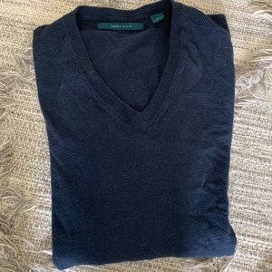 Perry Ellis V neck sweater size XL